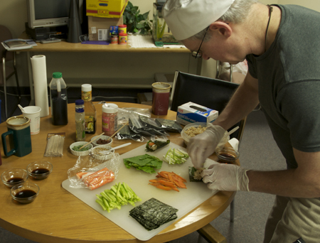 Preparing Sushi; Photo: M.Raymond